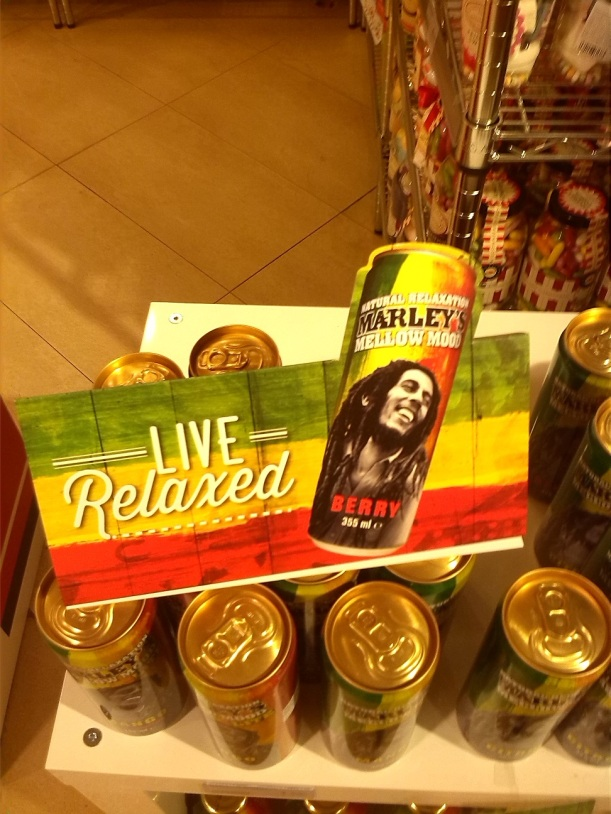A relaxing cup of café con leche en la plaza Mayor o Marley's Mellow Mood