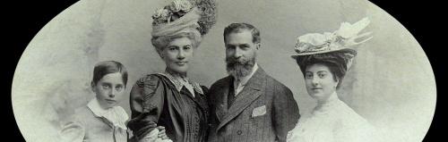 José Lázaro Galdiano y familia