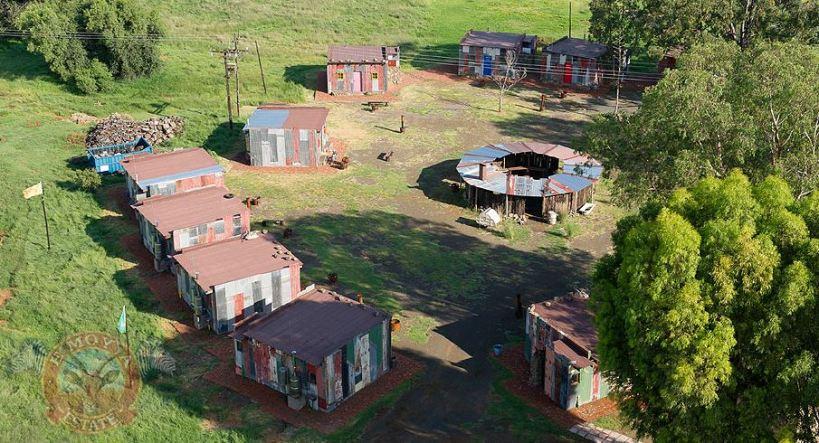 Hotel en chabolas Shanty Town (Mkukhu Villlage / Shack Village