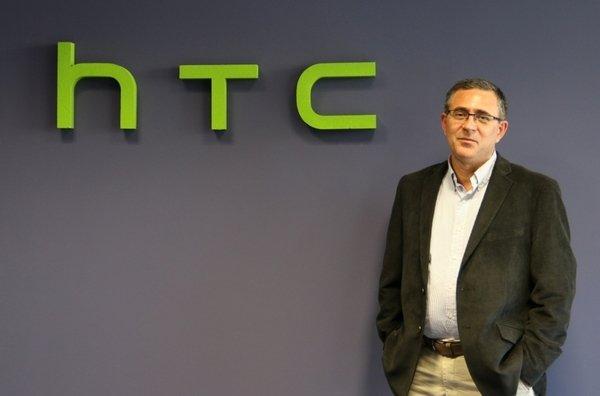 Obdulio Herrera el motorista que rescató al CEO de la compañía de móviles HTC