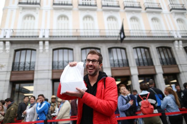 Primer Comprador del Iphone 6 de  Apple