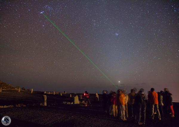 Astroturismo en La Palma Pintando estrellas e historias con el Laser